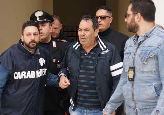 Crotone: strozzato dagli usurai, uomo denuncia. Arrestato Franco Pugliese