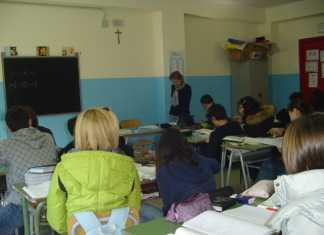 Cosenza, denunciati genitori per non aver mandato figli a scuola dispersione scolastica