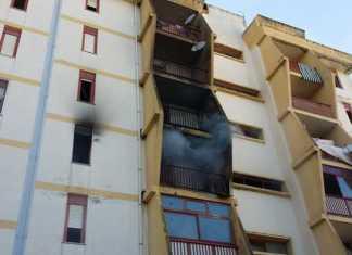 Catanzaro, incendio in due appartamenti di via Isonzo