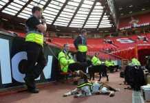 Allarme bomba su Manchester - Bournemouth. Mach rinviato