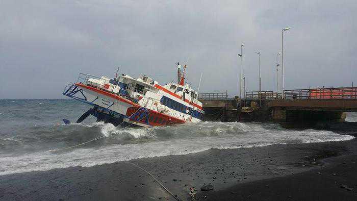 Paura per un aliscafo affondato a Stromboli. Salvi i passeggeri