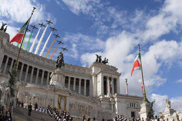 2 giugno 2016: 70 anni fa nasceva la Repubblica italiana: Mattarella: L'Italia migliore