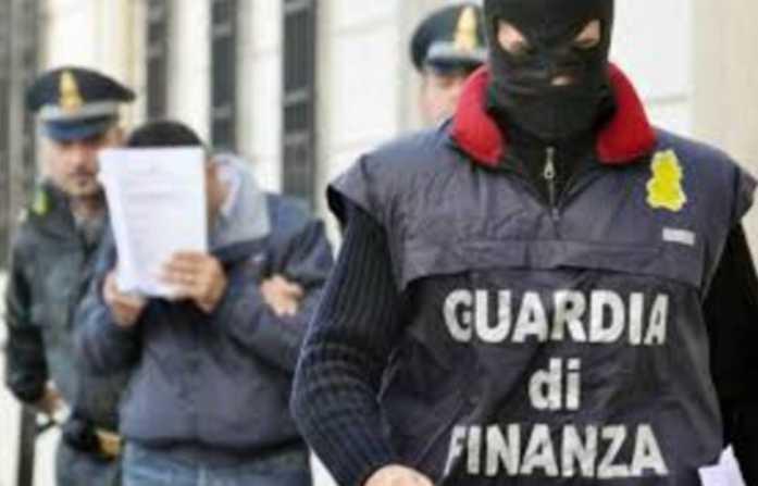 Roma, maxi operazione antidroga in Italia e all'estero. Arresti