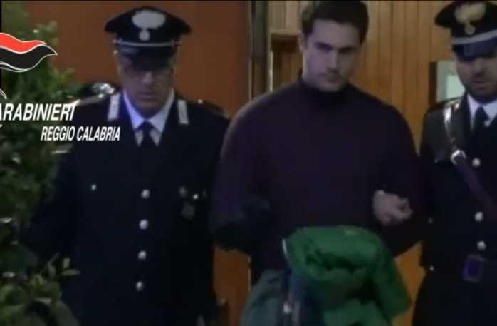 Intimidazioni a Mammola, arrestato 23enne Nicodemo Scali