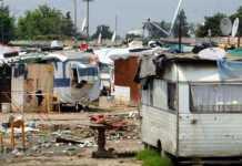 Roma, tangenti per la gestione dei campi rom. 6 arresti