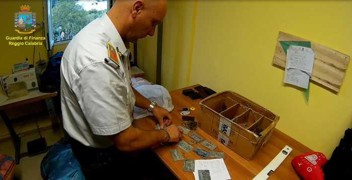 Smantellato cartello della contraffazione. 16 arresti in Calabria