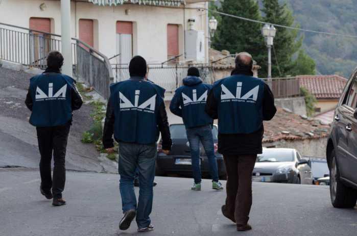 La Dia arresta uomini clan Grande Aracri