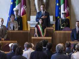 Roma, ecco la giunta di Virginia Raggi. Prima seduta del Consiglio