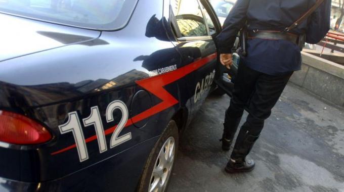 Carabinieri arrestano coppia per sequestro di persona e rapina