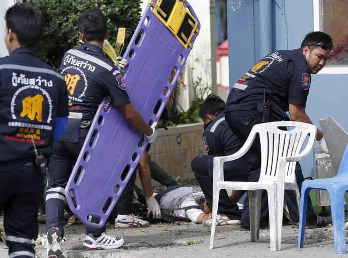 Attacco in Thailandia, 4 morti e 40 feriti, tra cui due italiani