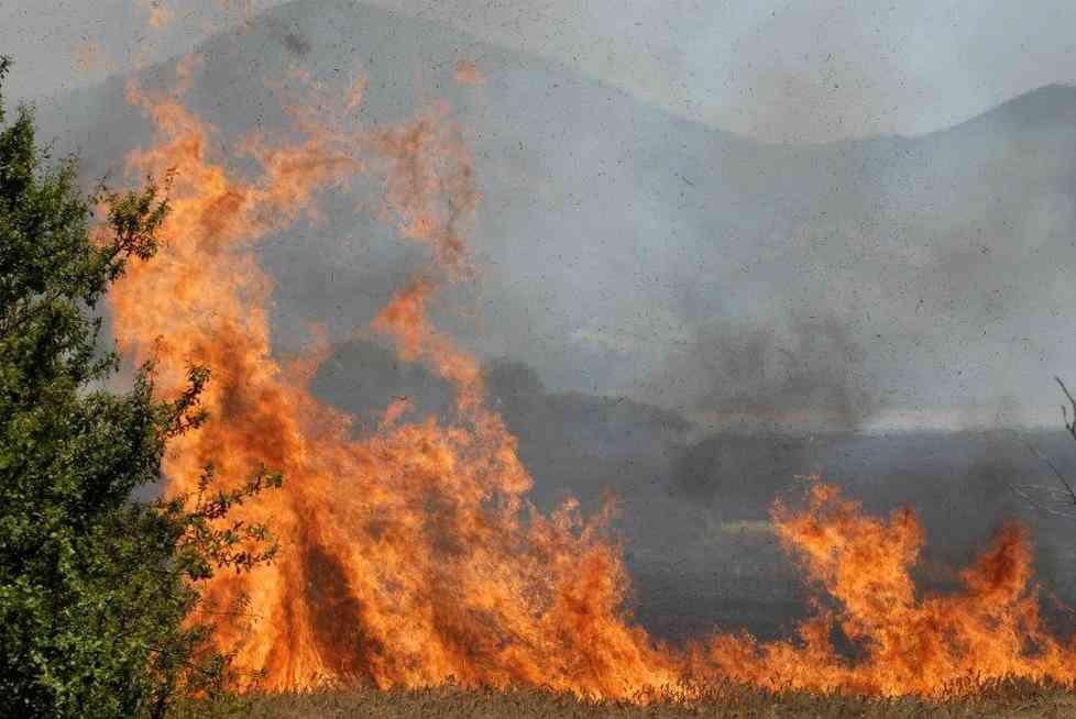 Castrovillari, Luigi Gallo, 73enne, muore soffocato dal fumo mentre brucia sterpaglie