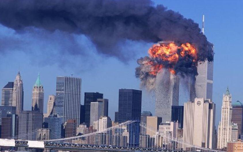 L'attacco alle Torri gemelle a New York l'11 settembre 2001