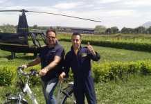 Elicottero Nicotera, dietro c'è Enrico Abagnale, lo stesso dei Casamonica