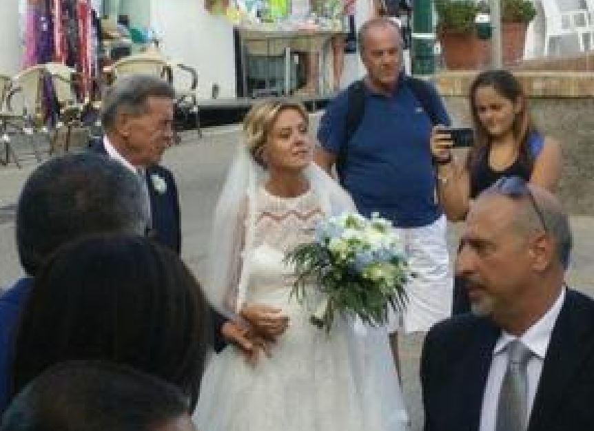 Il ministro della Salute Beatrice Lorenzin sposa a CapriIl ministro della Salute Beatrice Lorenzin sposa a Capri