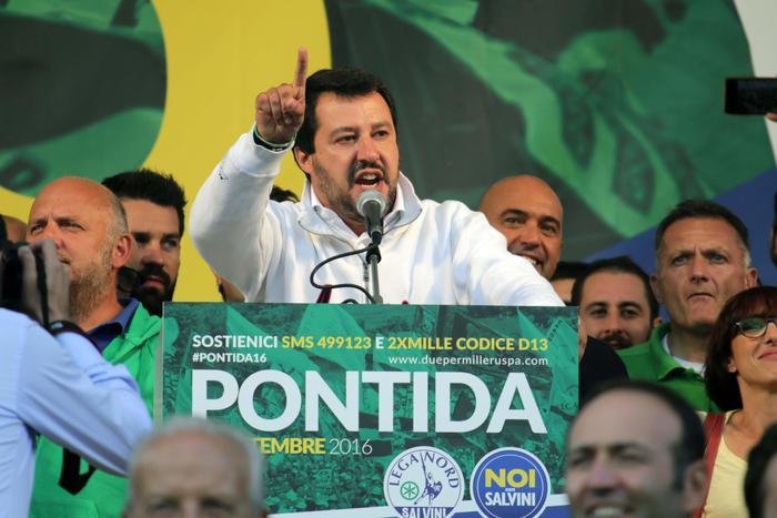 Lega a Pontida, visioni diverse tra Bossi e Salvini