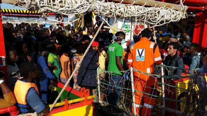 Migranti a Corigliano Calabro