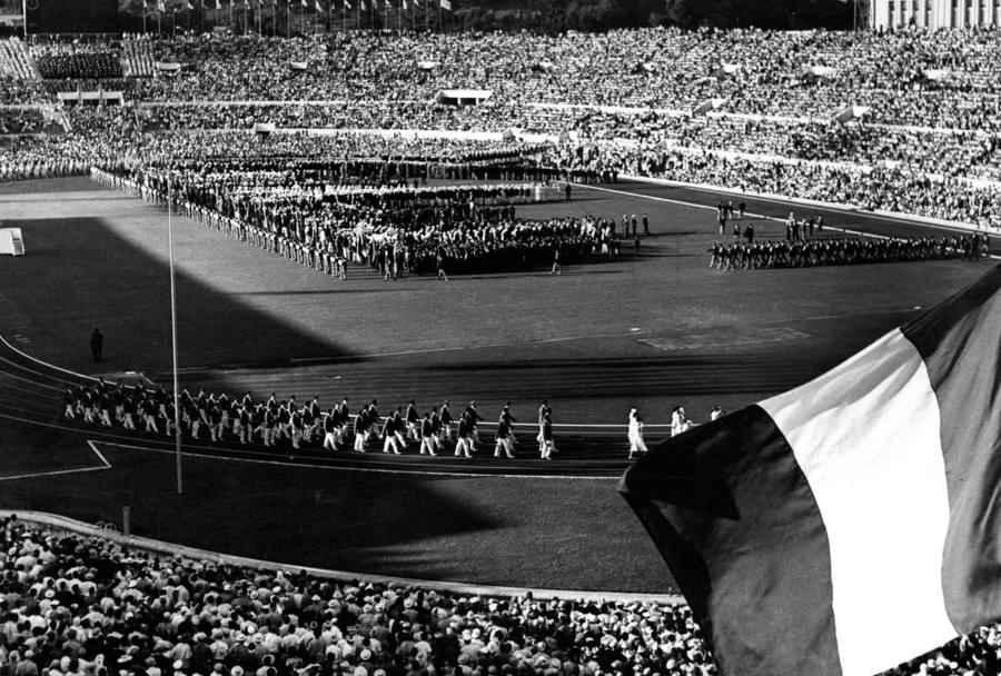 Come Monti, Virginia Raggi manda in fumo le Olimpiadi Roma 2024
