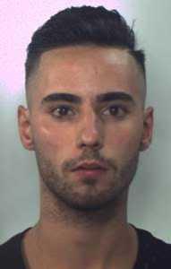 Spara a uomo davanti Bar di Lusciano, arrestato Pasquale Basilico e due minori