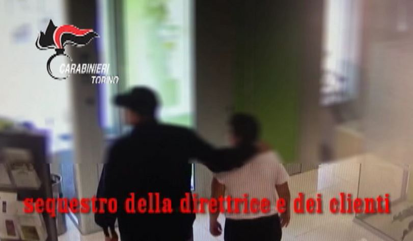 Torino, rapina banca per regalo di nozze: arrestato padre della sposa