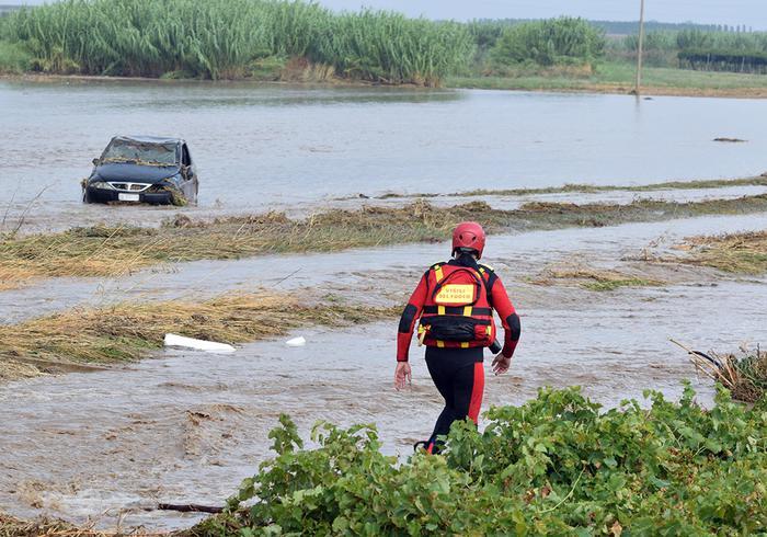 Maltempo a Foggia, muore Raffaele Russi trascinato dal fango a San Severo