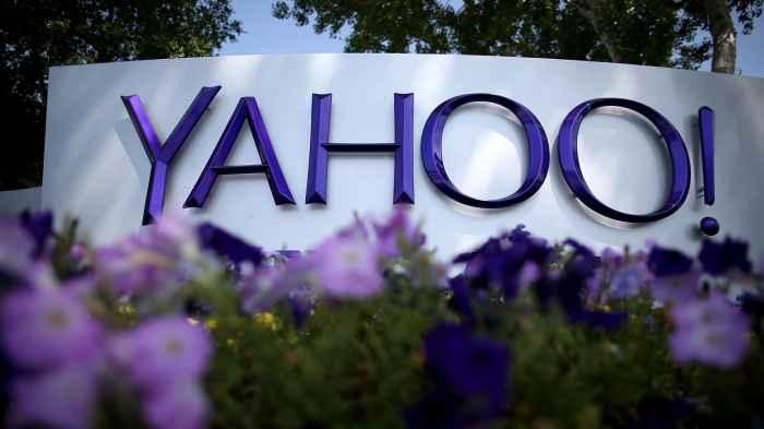 Yahoo sotto attacco,