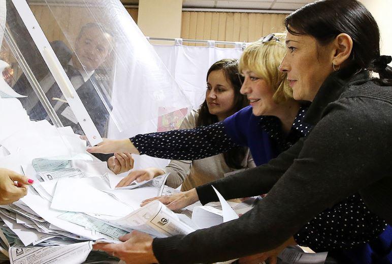 Elezioni Russia, Vladimir Putin vince col 54,21%