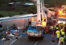 Carolina del Nord (Usa), bus colpisce cavalcavia. morti e feriti