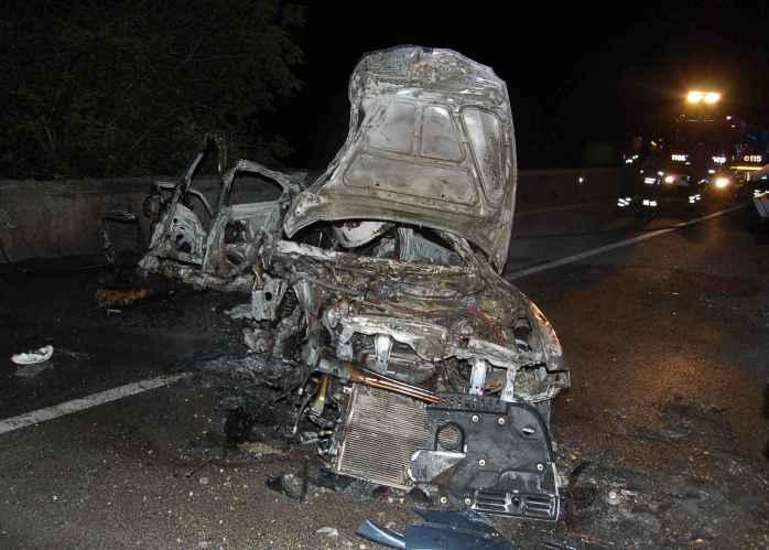 Frontale a Pitigliano (Grosseto), muoiono due fidanzati