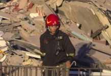Crollo palazzo a Roma, forse un'infiltrazione d'acqua. Decine di sfollati