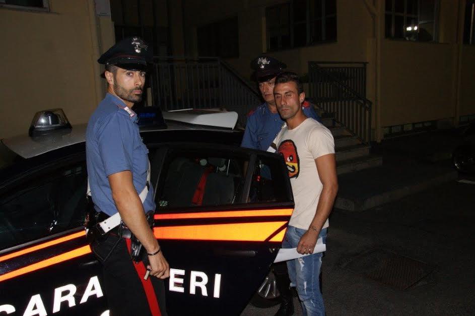 Crotone, rapina in un bar del centro. Arrestato Antonio Ferraro