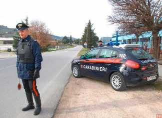 Uomo salvato dai carabinieri