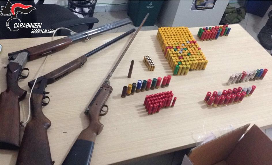 Le armi rinvenute a Ciminà
