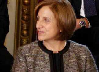 Maria Carmela Lanzetta durante il giuramento al Quirinale