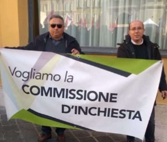 alcuni componenti del Gruppo d'azione in difesa del tribunale di Rossano