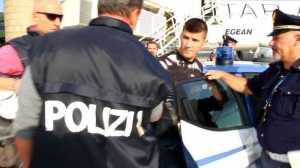 banda Audi gialla estradato autista Vasil Rama