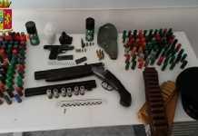 armi e munizioni sequestrate dalla Polizia a Reggio Calabria