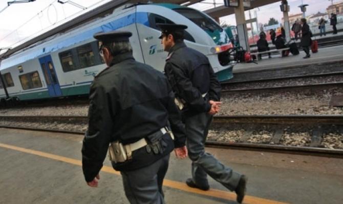 Uomo si masturba in treno davanti a una turista, denunciato