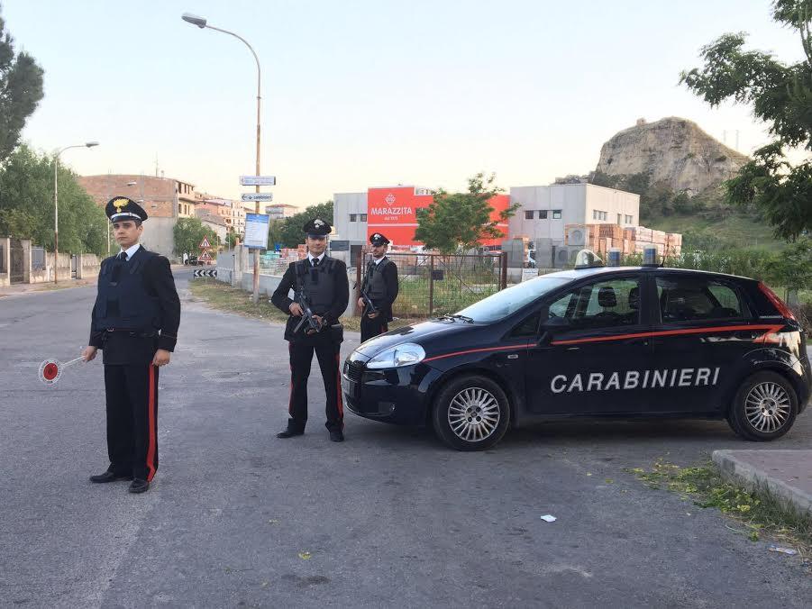 Santa Severina, tenta il suicidio e avverte lamico su Fb, ragazza salvata dai Carabinieri
