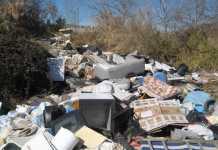 Discarica abusiva scoperta a Cosenza, una denuncia