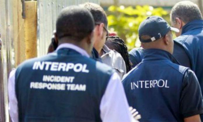 Uomini dell'Interpol hanno arrestato due persone per la rapina a Sassari