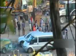 Un fermo immagine del video della Polizia sull'operazione contro il caporalato