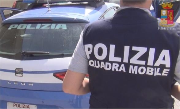 Tentata rapina a Reggio Calabria, tabaccaio gravemente ferito