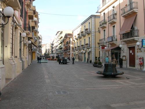 Furto a Corso Mazzini a Cosenza