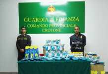 Commercio di prodotti contraffatti per l'igiene, sequestro a Crotone