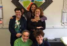 Il team di Quartieri Tranquilli. Al centro Lina Sotis e Eva Catizone