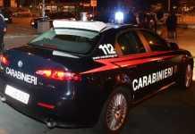 carabinieri in auto di notte