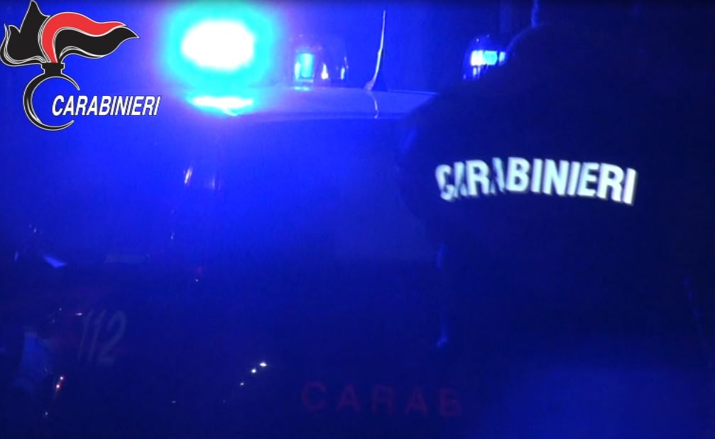 operazione carabinieri notte