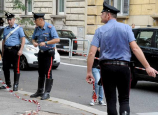carabinieri transennato area