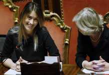 Il ministro per le Riforme Maria Elena Boschi con il ministro Giannini