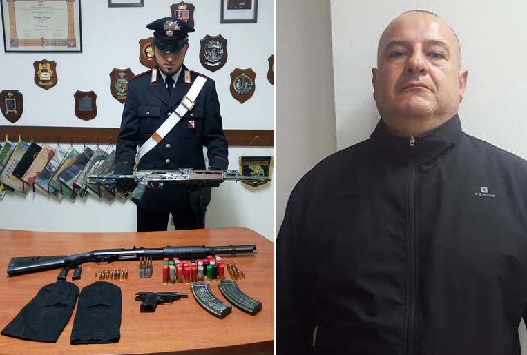 A destra Massimo Diego Caterisano, a sinistra un militare con le armi